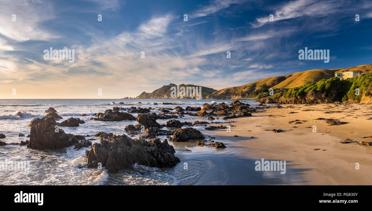 Nouvelle Zélande, île du Sud, le sud de l'itinéraire touristique, Catlins, lever du soleil à Nugget Point Photo Stock