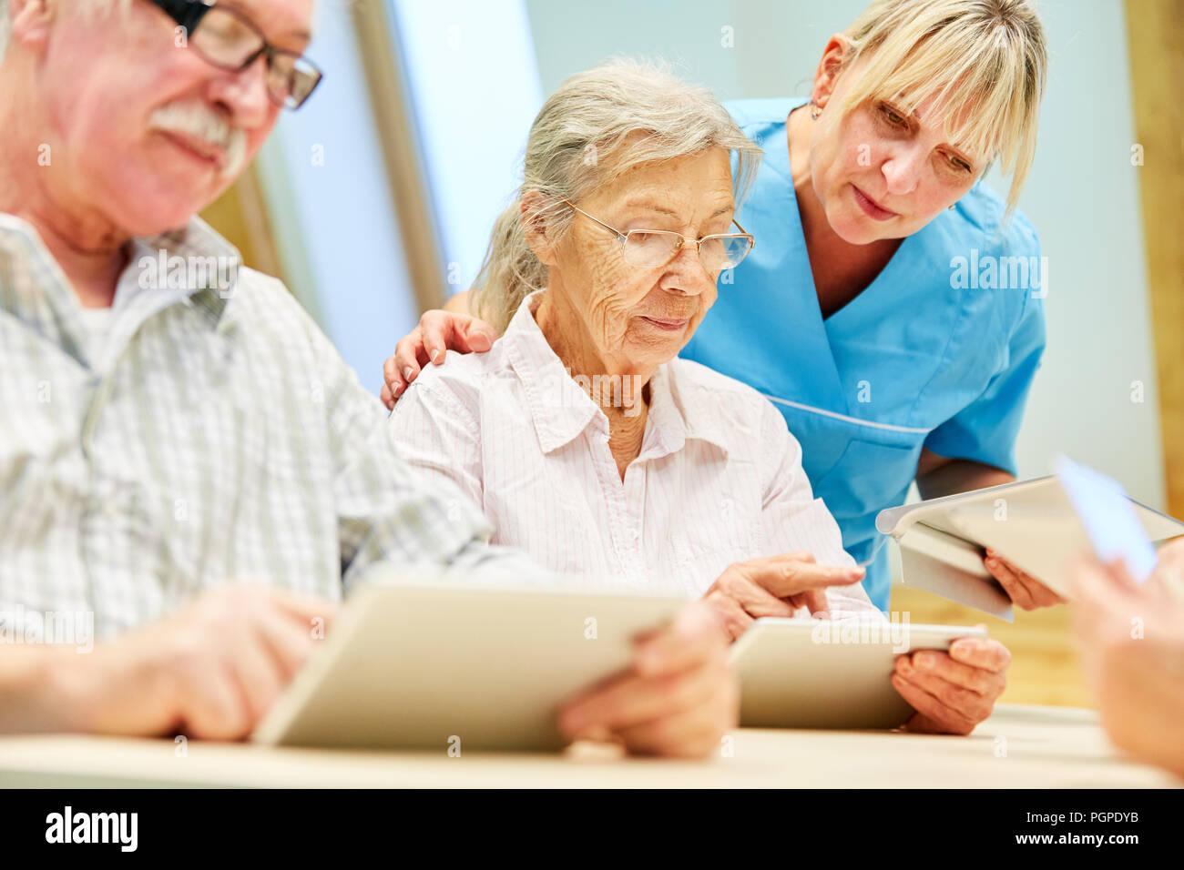 infirmier maison de retraite