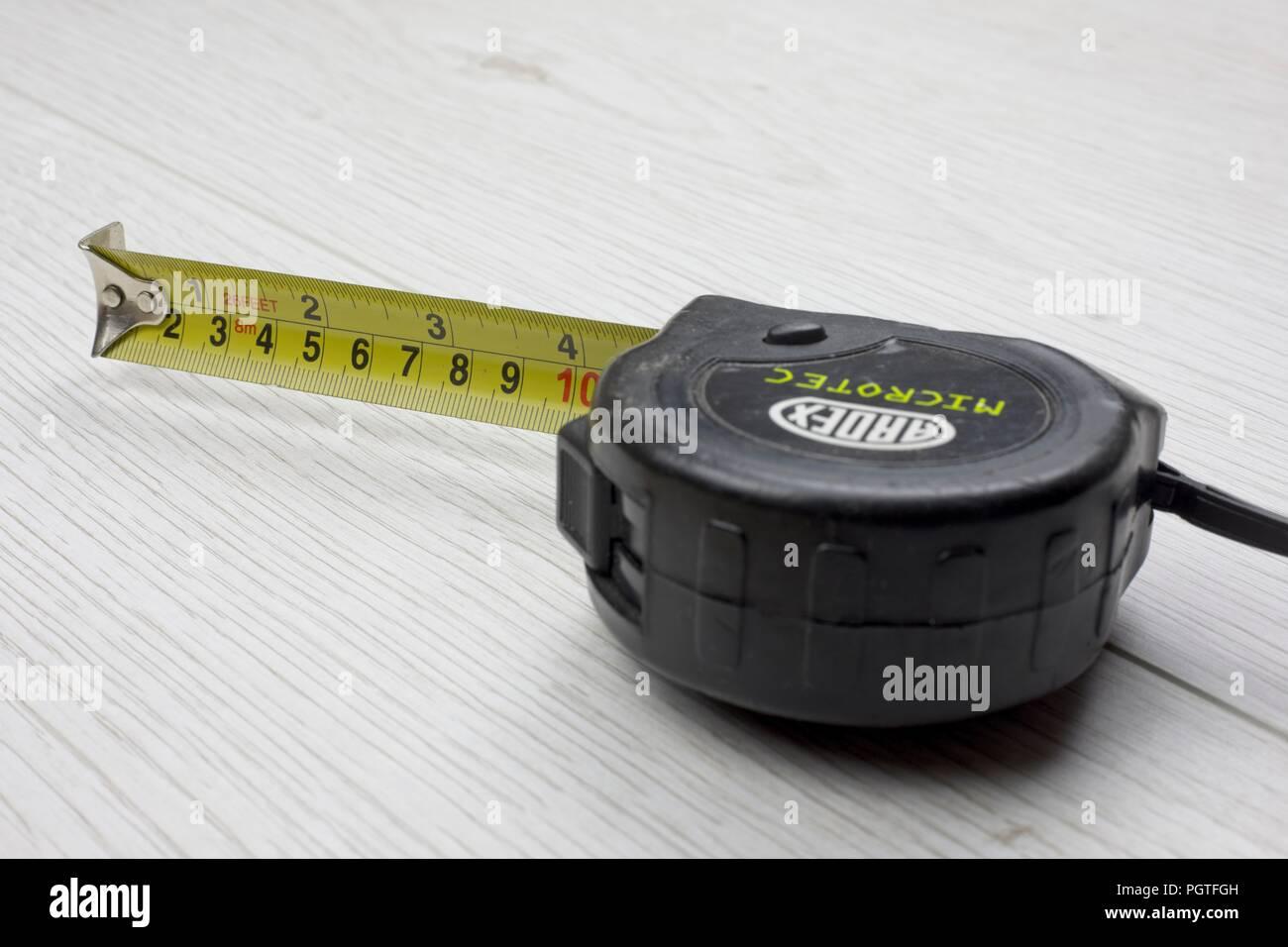 Ruban de mesure, toit escamotable,en métrique et impériale measuremnts Photo Stock