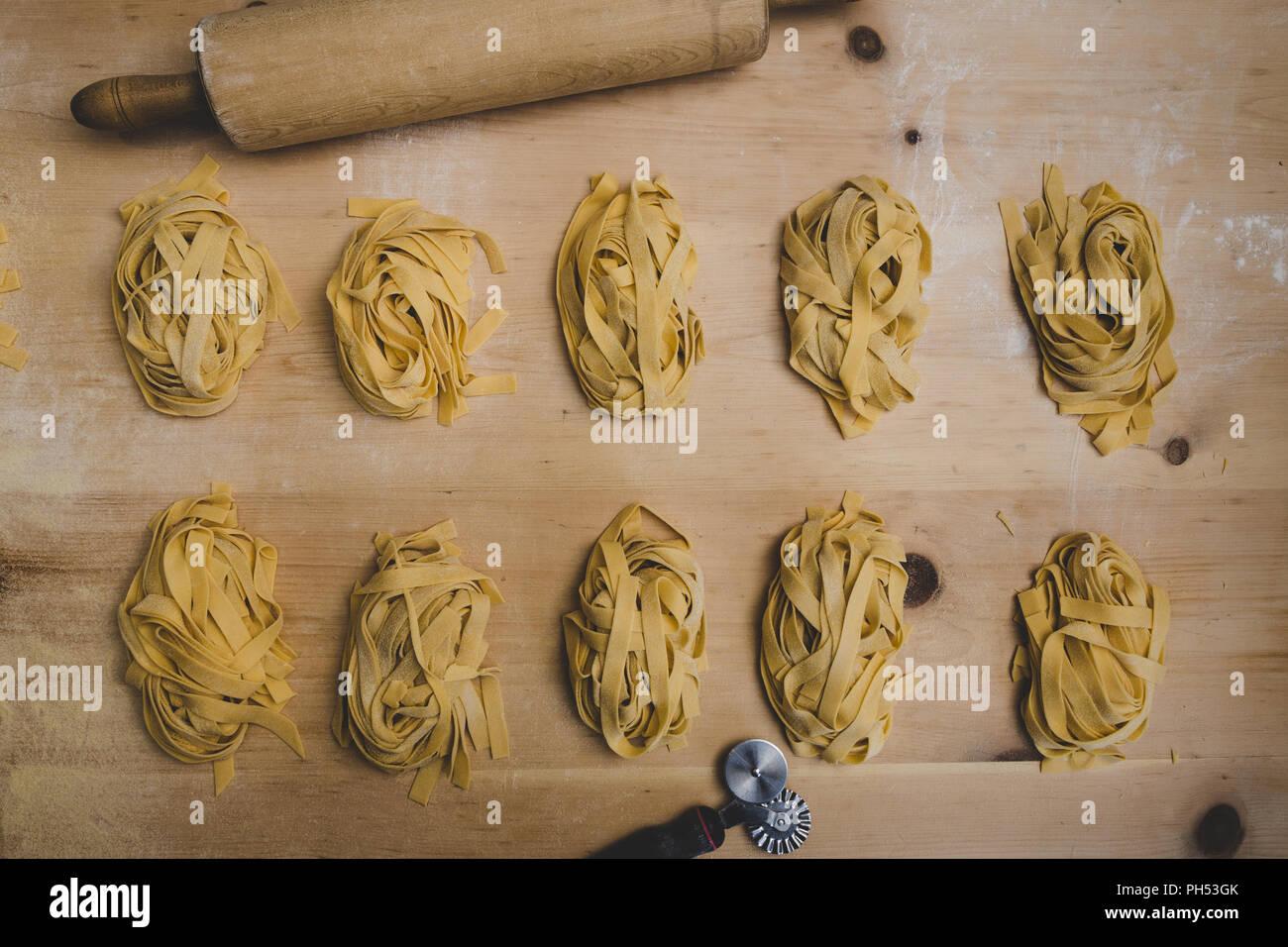 Passage tiré de lignes de pâtes. Photo Stock