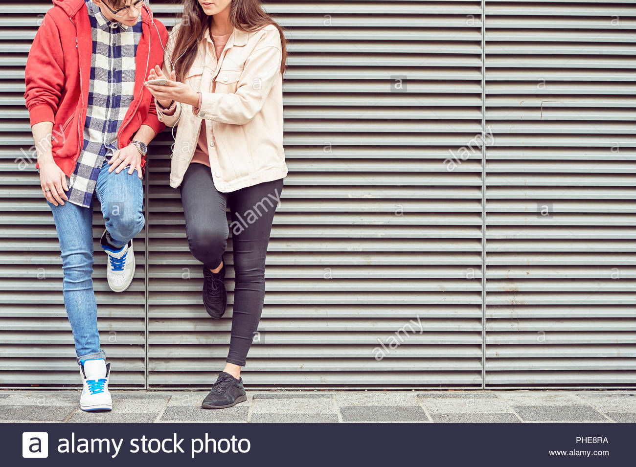 Couple partage de musique Photo Stock