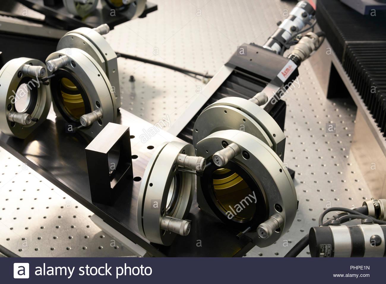 Pièces détachées de machines dans un atelier à l'observatoire du Paranal Photo Stock