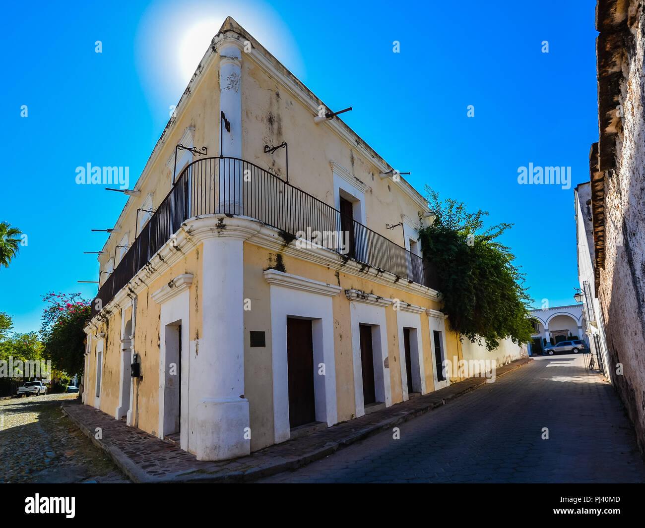 La maison historique où le président du Mexique, Felix Mari-a Zuloaga Trillo (1813-1898) est né - Alamos, Sonora, Mexique Photo Stock