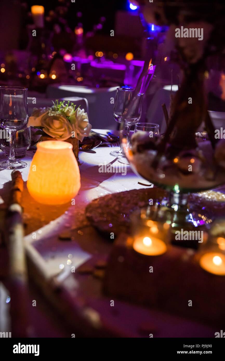Bougie Décoration De Table décoration de table de mariage en bois et éclairage bougie