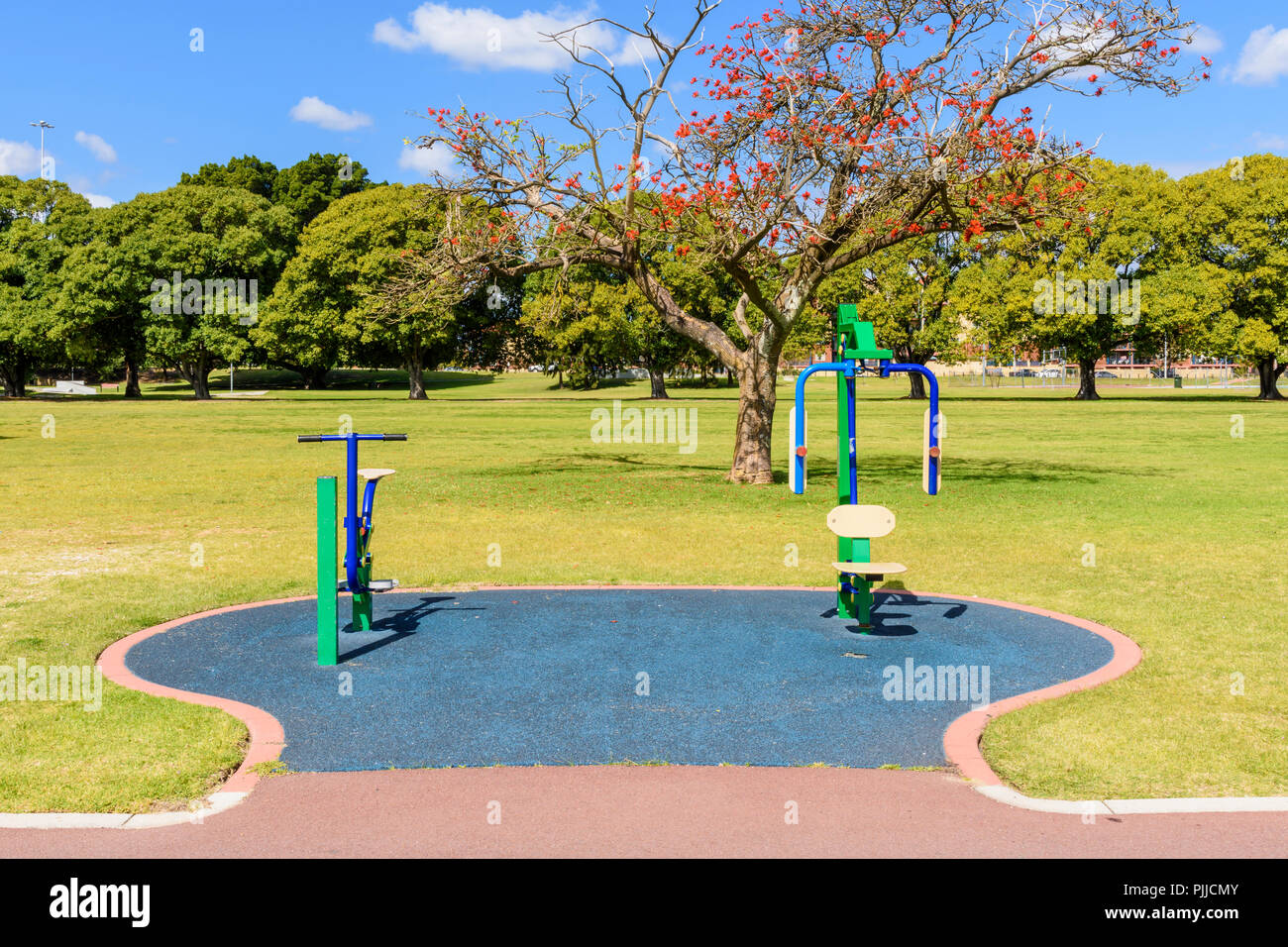L'équipement d'exercice public extérieur Photo Stock