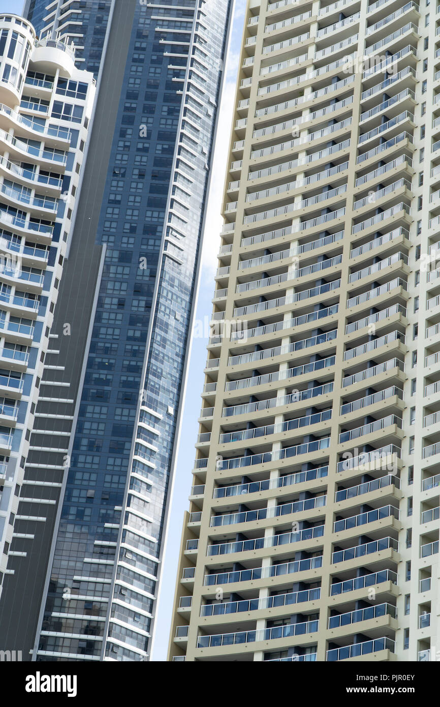 La Structure De Deux Gratte Ciel Banque D Images Photo