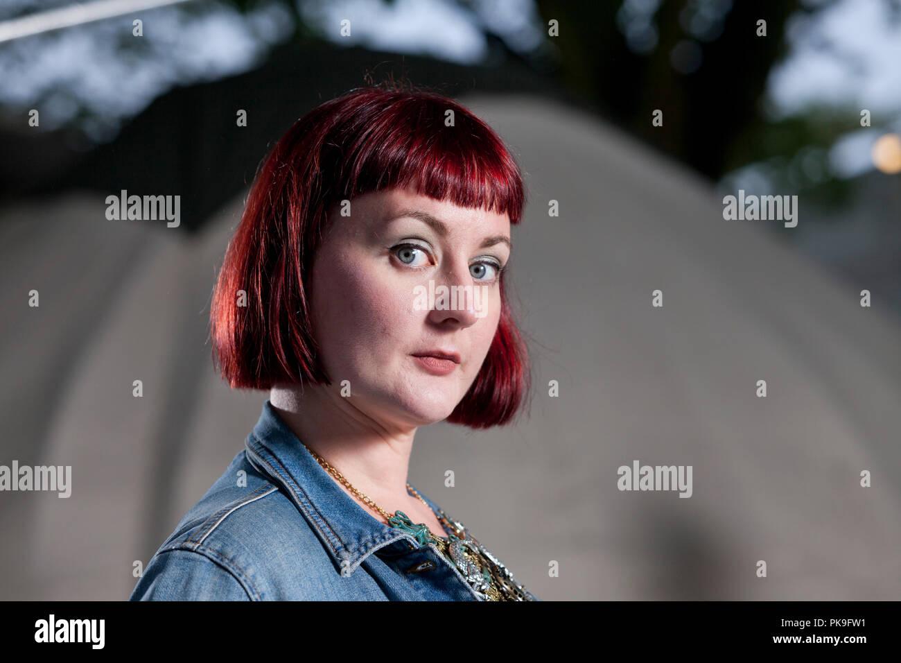 Kirsty Logan est un romancier, poète, artiste, éditeur littéraire, l'écriture mentor, un critique de livre et l'écrivain de fiction courte. Photographié à l'Edinburgh International Book Festival. Edimbourg, Ecosse. Photo par Gary Doak / Alamy Banque D'Images