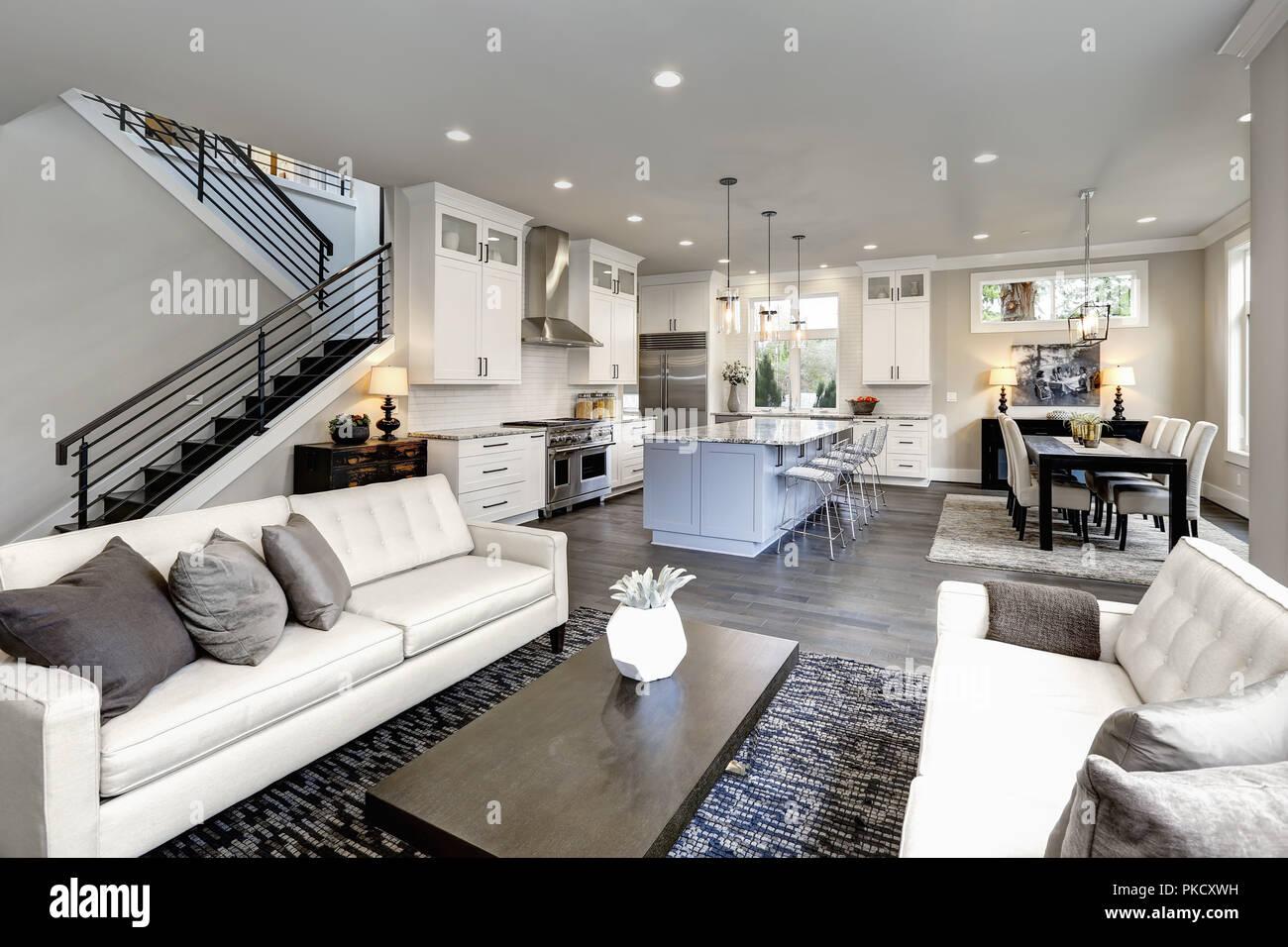 La maison de luxe intérieur à Bellevue, WA Banque D\'Images ...