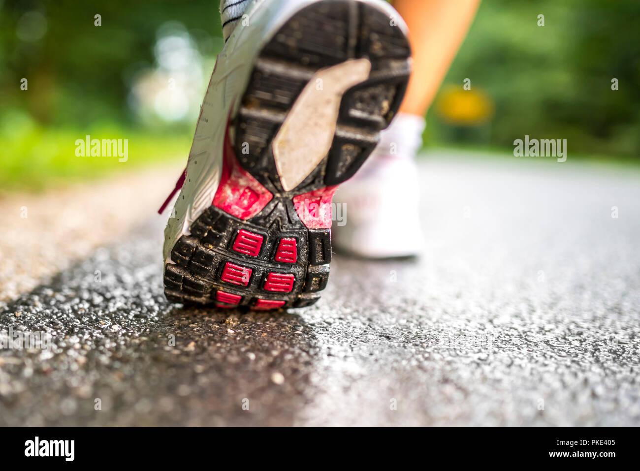 Libre de courir pieds runner. Photo Stock