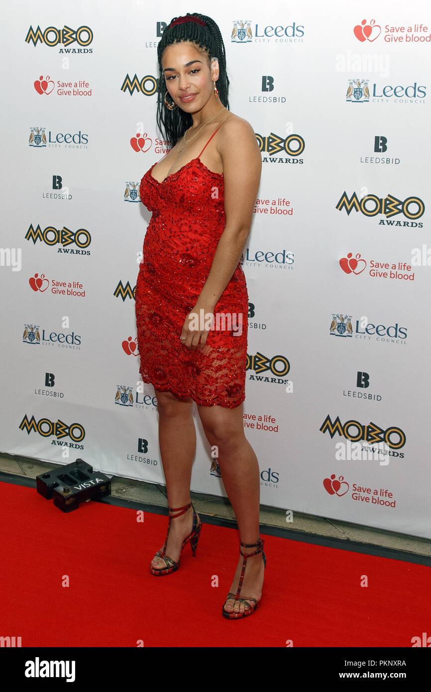 Jorja Smith (Jorja Alice Smith) au MOBO Awards 2017. Jorja Smith tapis rouge, Jorja Smith pleine longueur, Jorja Smith chanteur. Photo Stock