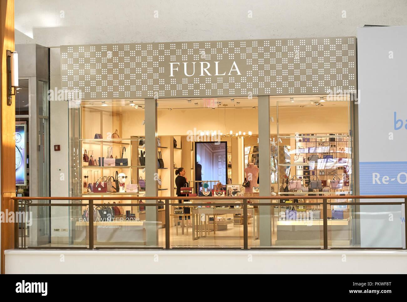 52bcb3b33112f Furla Store Photos   Furla Store Images - Alamy