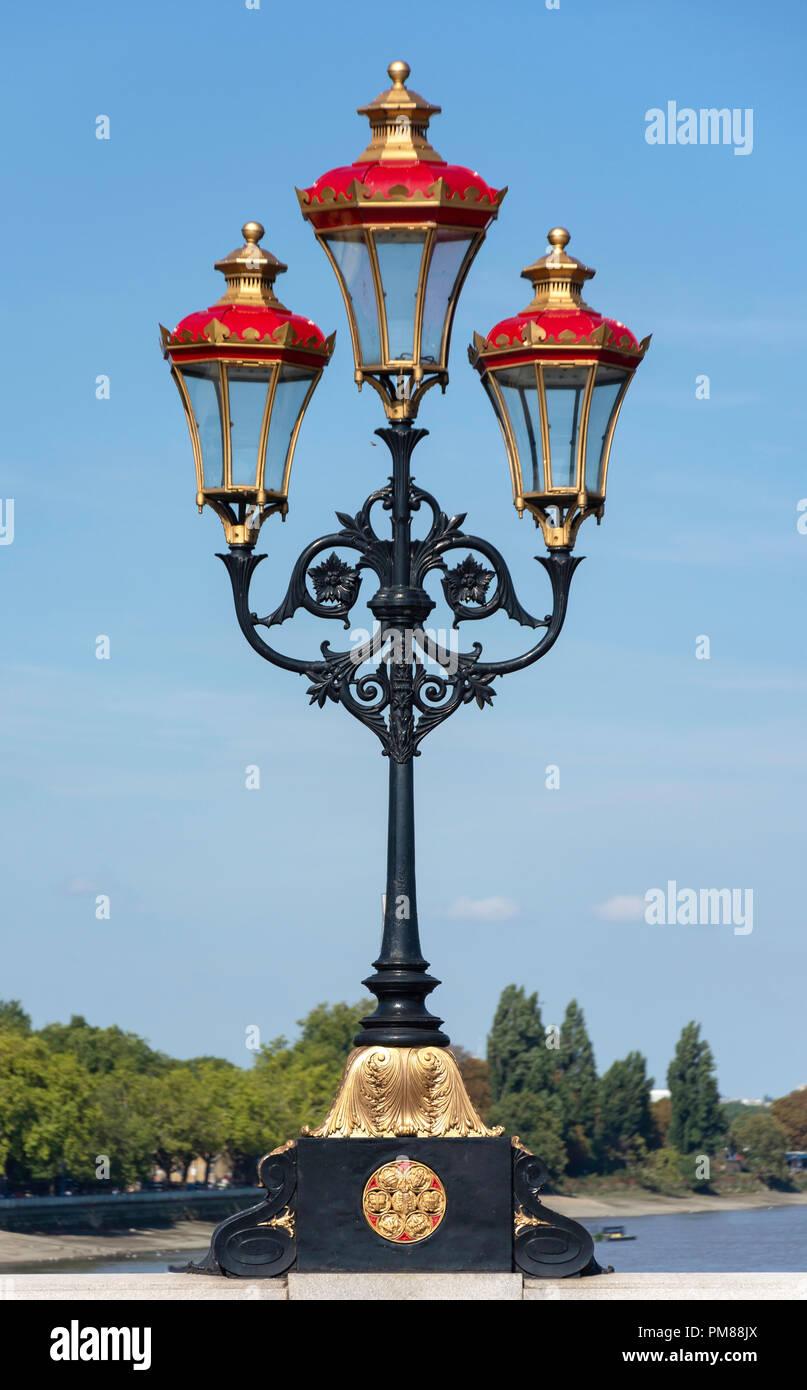 Vieilles lampes à gaz sur le Grand Ballon, Putney, Département de Wandsworth, Greater London, Angleterre, Royaume-Uni Photo Stock