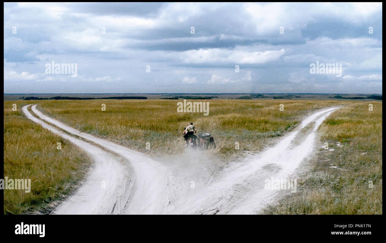 Prod DB © Pervoe - Kinopartnerstvo 2Plan2 / DR EUPHORIE (EYFORIYA) de Ivan Vyrypayev RUS 2006. campagne, moto Photo Stock