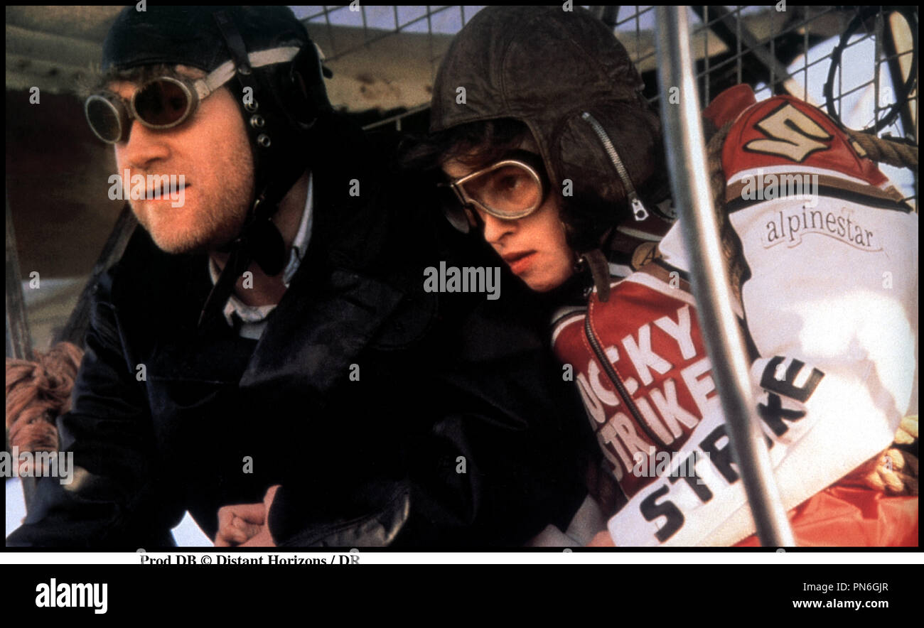 Prod DB © des horizons lointains / DR ENVOLE-MOI (LA THÉORIE DU VOL) de Paul Greengrass 1998 Go avec Kenneth Branagh et Helena Bonhamcarter aviateurs, ULM, voler, lunettes Photo Stock
