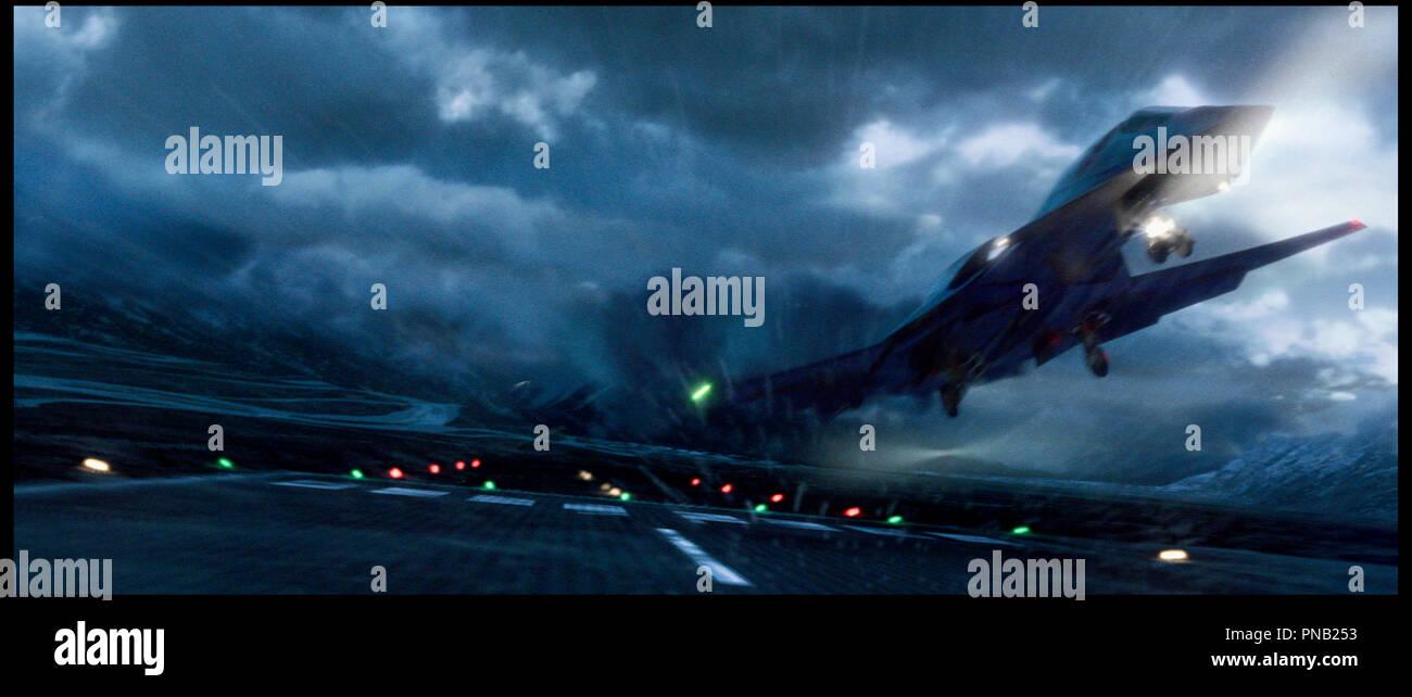 Prod DB © Columbia / DR furtif (stealth) de Rob Cohen 2005 USA avion combat aerien,, militaire, piste d'envol, voler, decoller Photo Stock