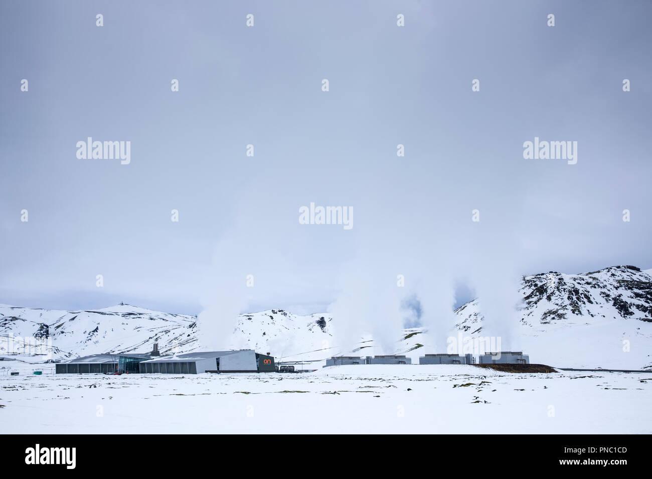 Puissance Natturunn sur Orka, l'énergie de la nature, l'énergie verte l'énergie renouvelable centrale géothermique, Reykjavik, Islande Du Sud Photo Stock