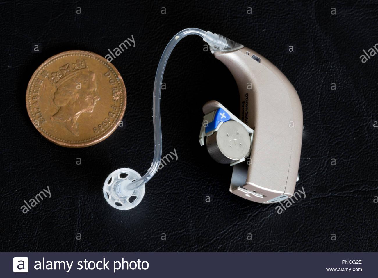 L'esprit d'Oticon aide auditive Synergie Photo Stock