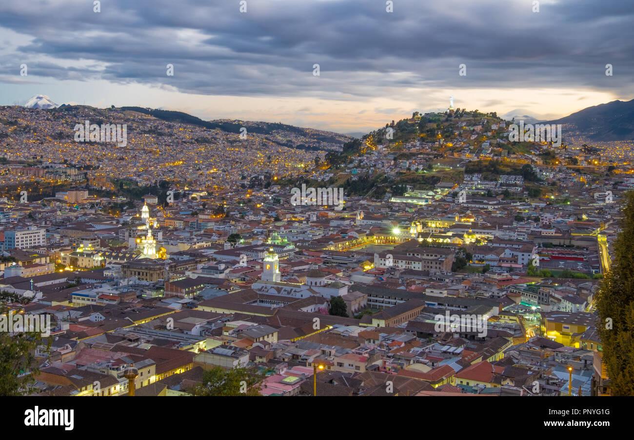 Quito, Équateur, la nuit Photo Stock