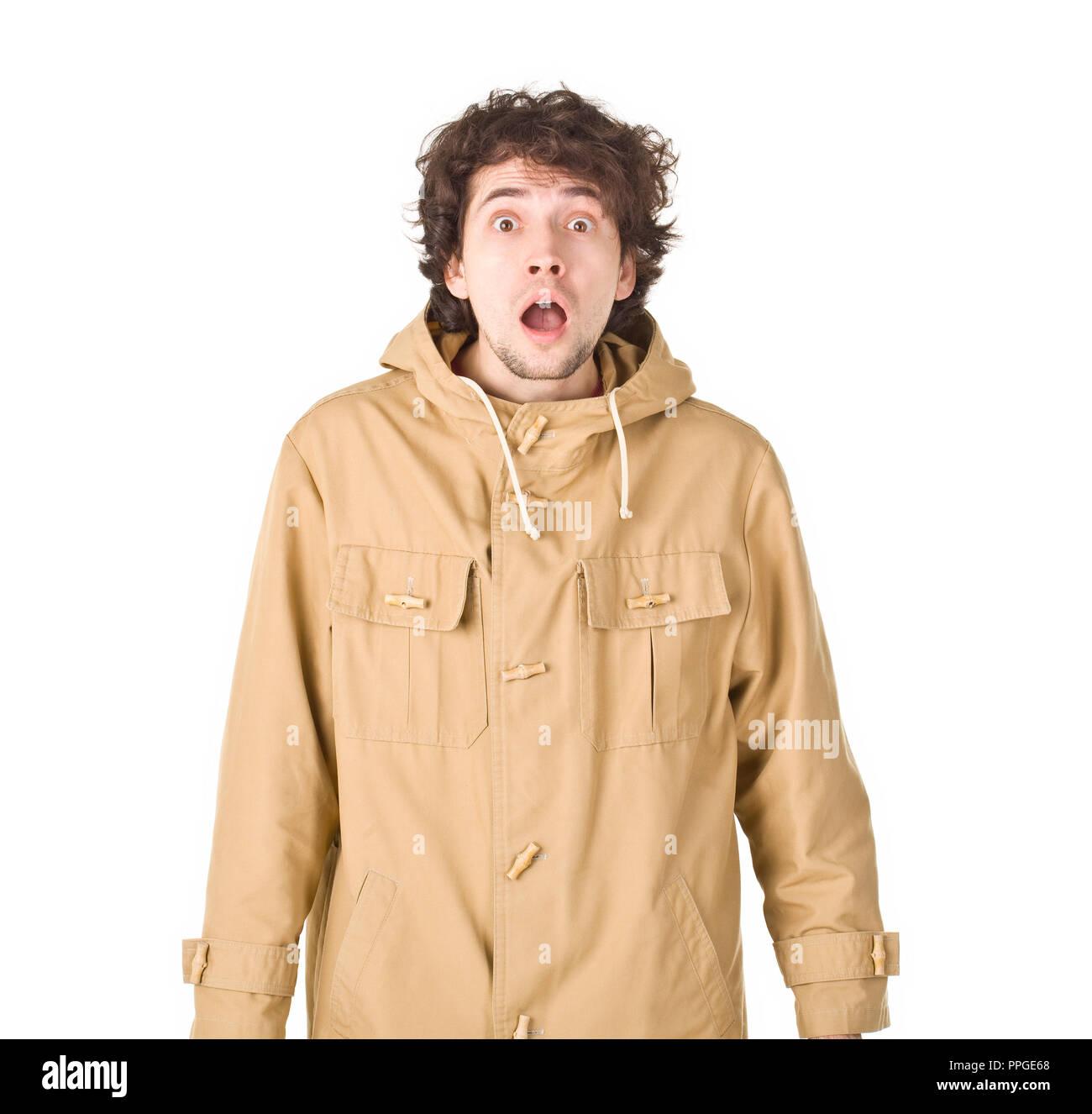 Kinky surprenant homme portant en manteau brun Photo Stock