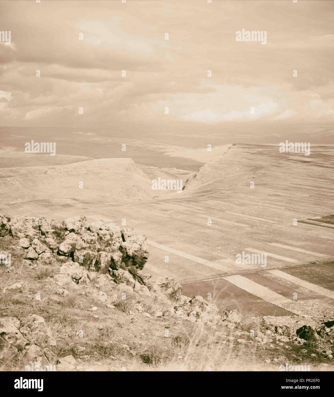 Ensemble de choix, 13 diapositives illustrant la Mer de Galilée et ses pêcheurs toujours 'peinant avec leurs filets.' Mer de Galilée Photo Stock