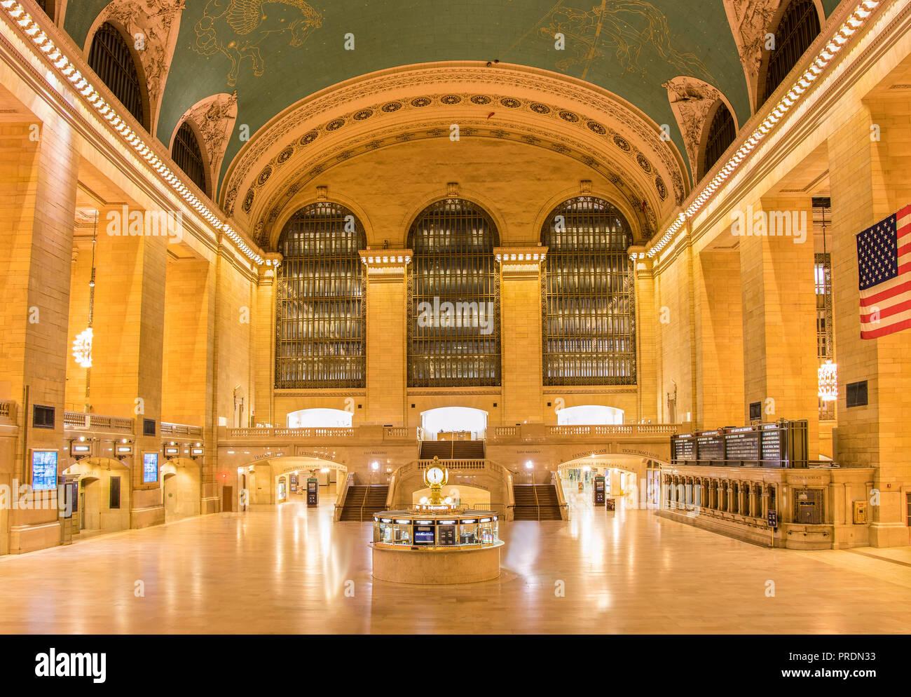La ville de New York, USA - 12 juin 2017: Vue de la Grand Central Station de nuit. Photo Stock