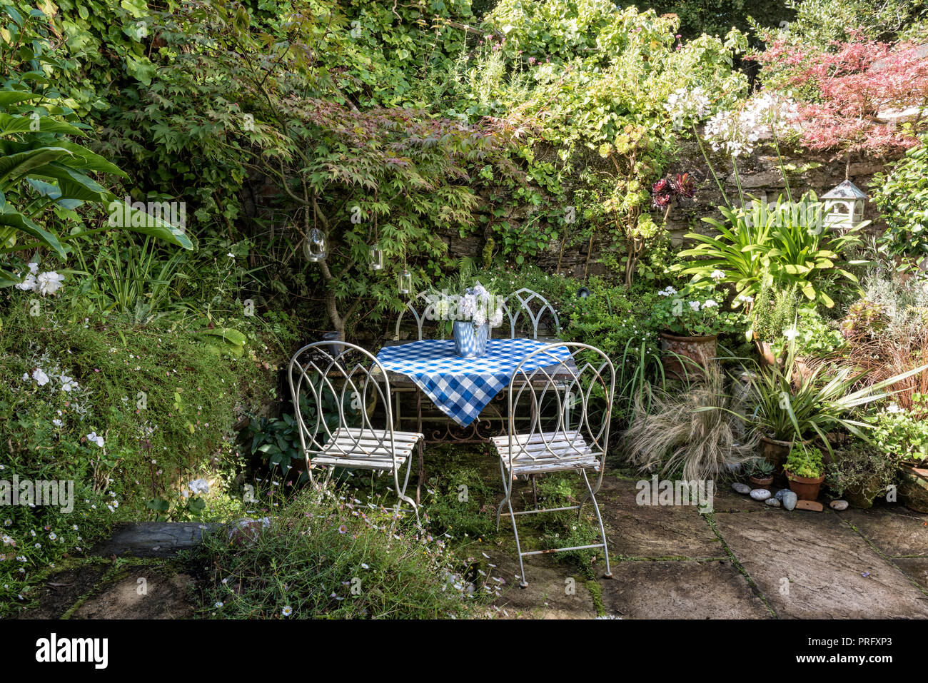 Painted Blue Table And White Chairs Photos & Painted Blue Table And ...