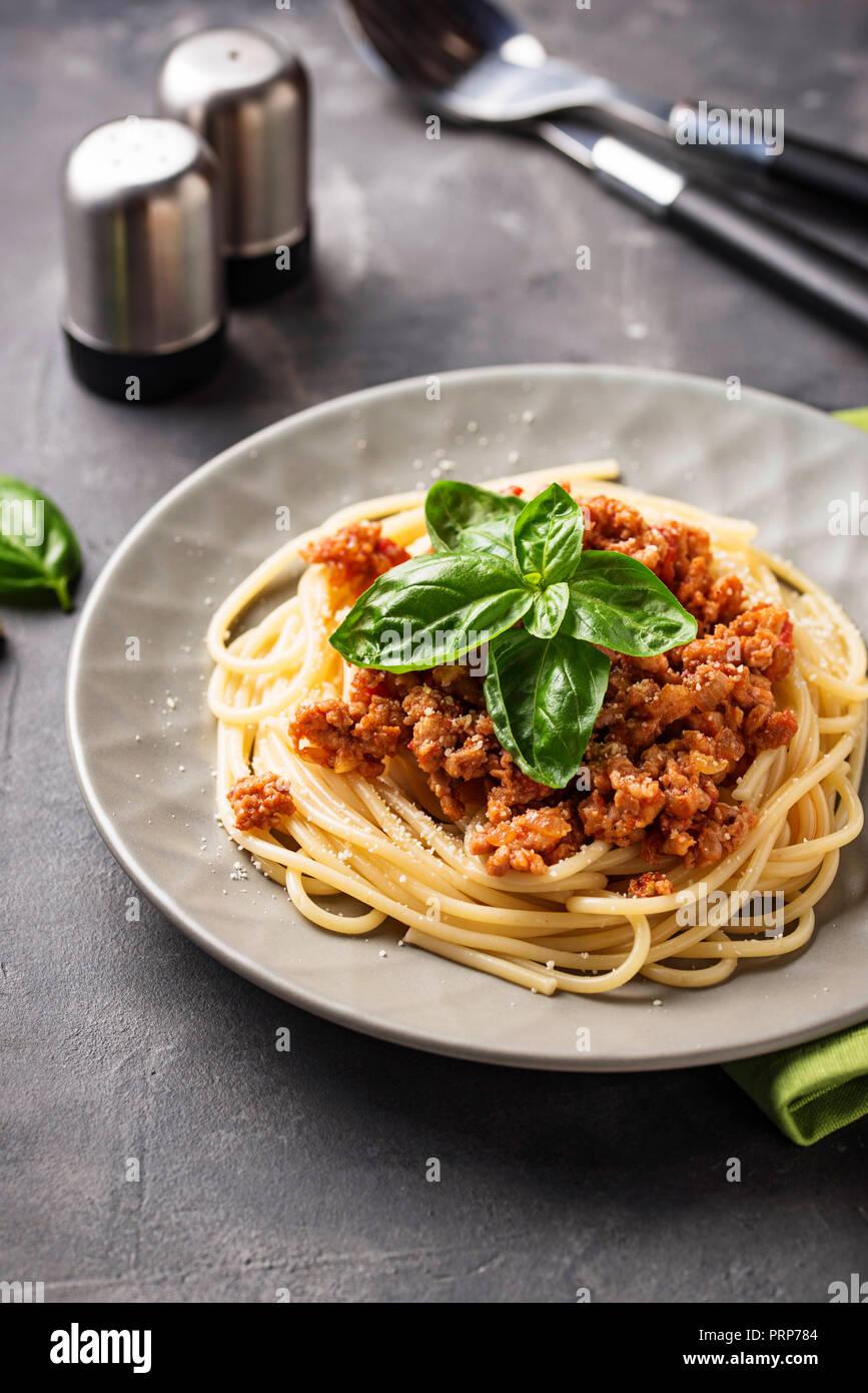 Les pâtes à la bolognaise. Spaghetti avec sauce à la viande Photo Stock