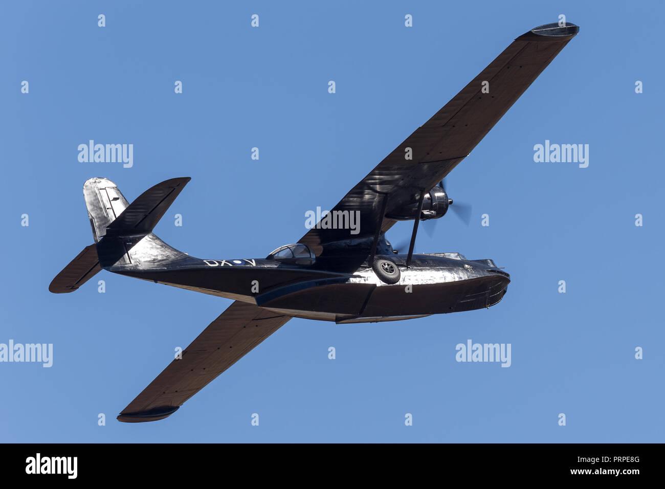 Consolidated PBY Catalina Flying Boat VH-PBZ exploité par la société de restauration d'avions historiques (HARS) ÔBlack CatsÕ portant la célèbre livery fro Photo Stock