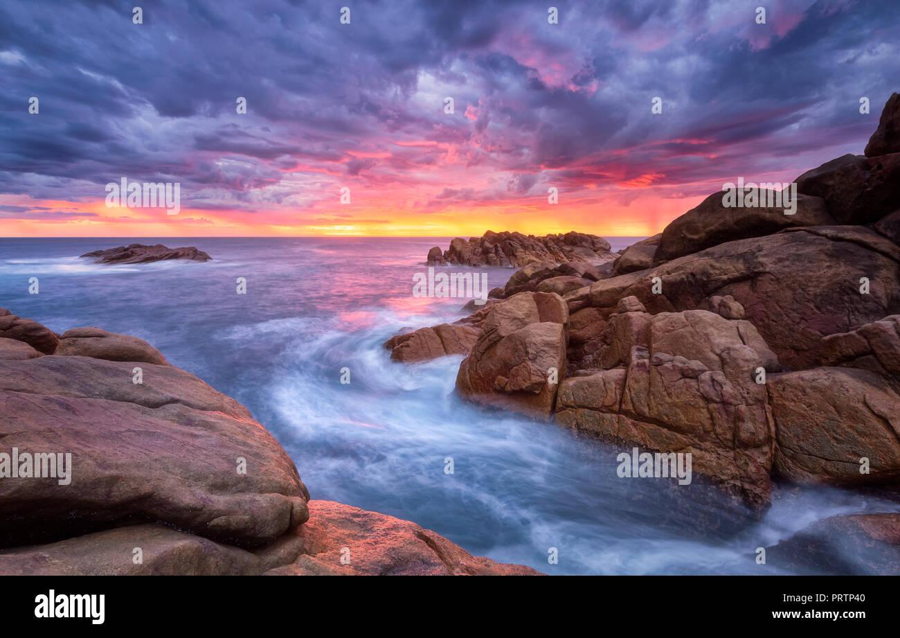 Les roches du canal Coucher du Soleil Photo Stock