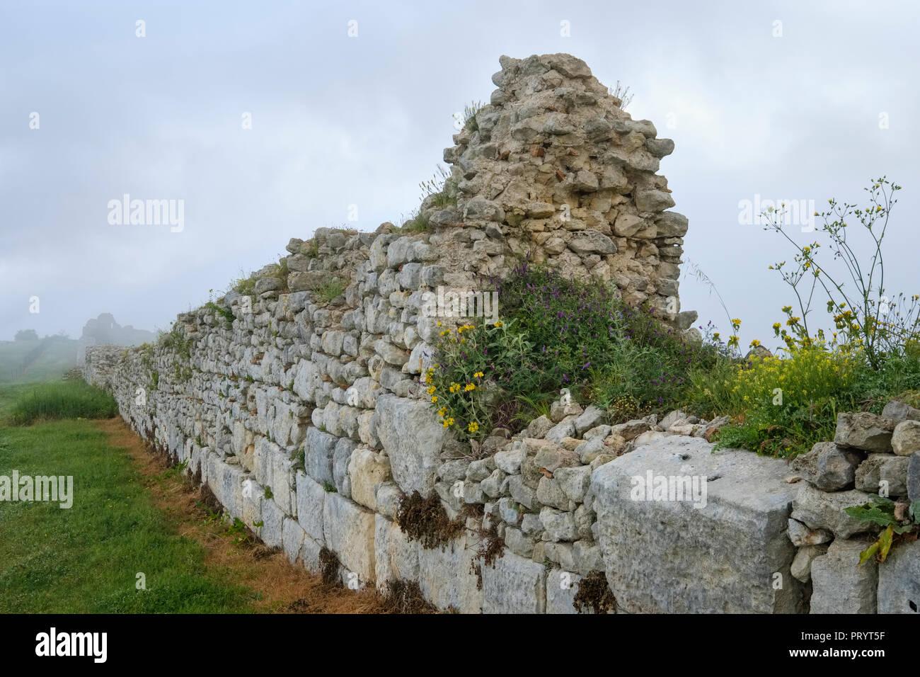 L'Albanie, Fier, ancienne ville du comté de Byllis, mur de la ville Photo Stock