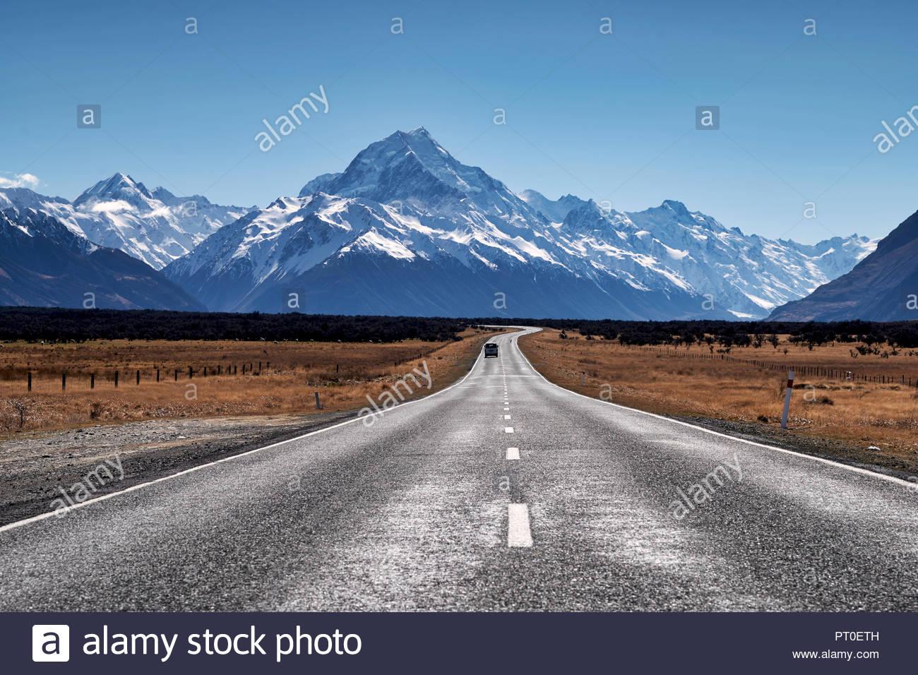 La route de Aoraki Mount Cook National Park. Nouvelle Zélande Banque D'Images
