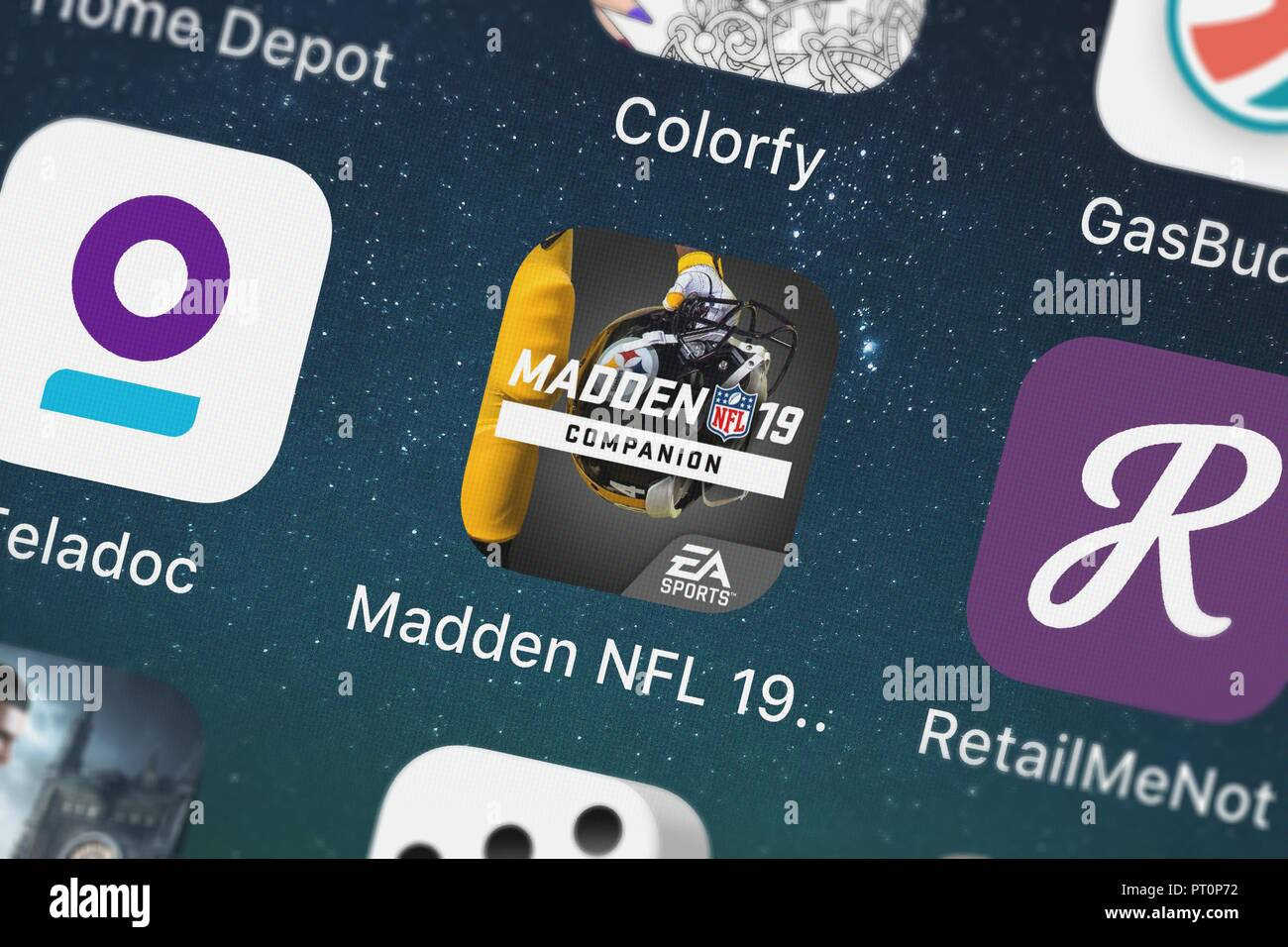 Londres, Royaume-Uni - Octobre 05, 2018 : Close-up shot of Electronic Arts populaires de l'app Madden NFL 19 compagnon. Banque D'Images