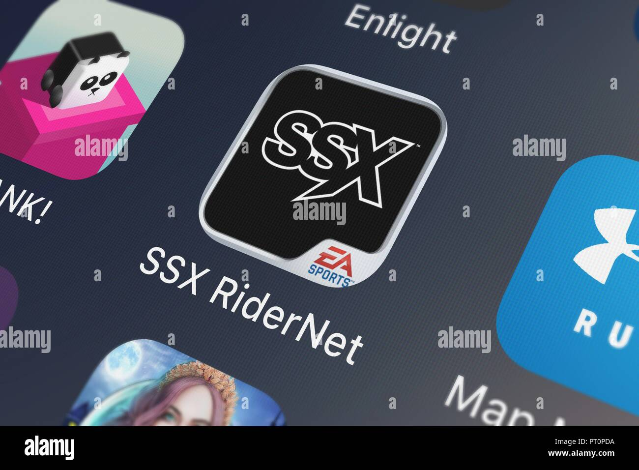 Londres, Royaume-Uni - Octobre 05, 2018 : Close-up shot of Electronic Arts populaires de l'app SSX RiderNet par EA Sports. Photo Stock