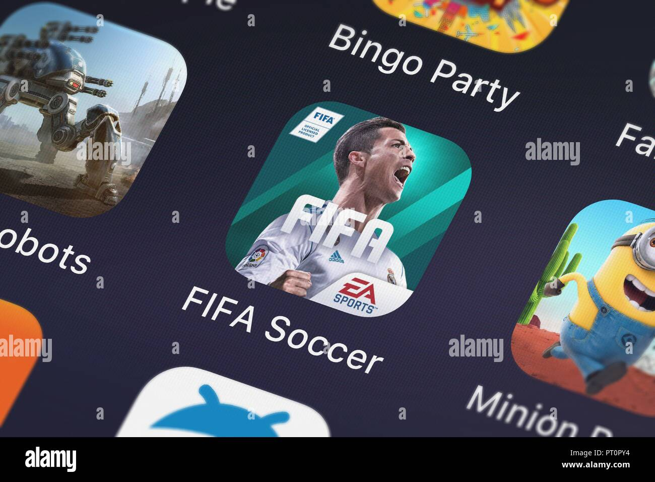 Londres, Royaume-Uni - Octobre 05, 2018 : Capture d'écran de l'application mobile de l'Electronic Arts FIFA. Photo Stock