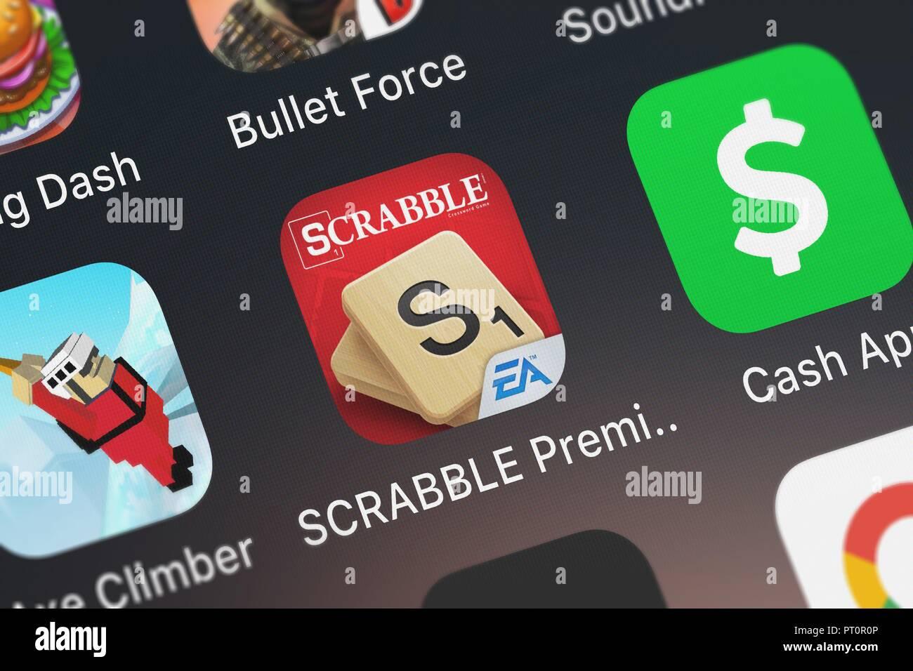 Londres, Royaume-Uni - Octobre 05, 2018: Capture d'Electronic Arts mobile app Prime SCRABBLE pour iPad. Banque D'Images