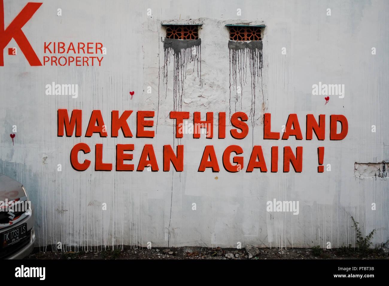 Mettre le terrain - Nettoyer à nouveau une déclaration environnementale à Bali, Indonésie Photo Stock