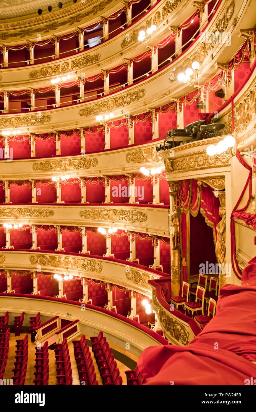 Intérieur de l'opéra La Scala, Fort Royal, Milan, Italie Banque D'Images