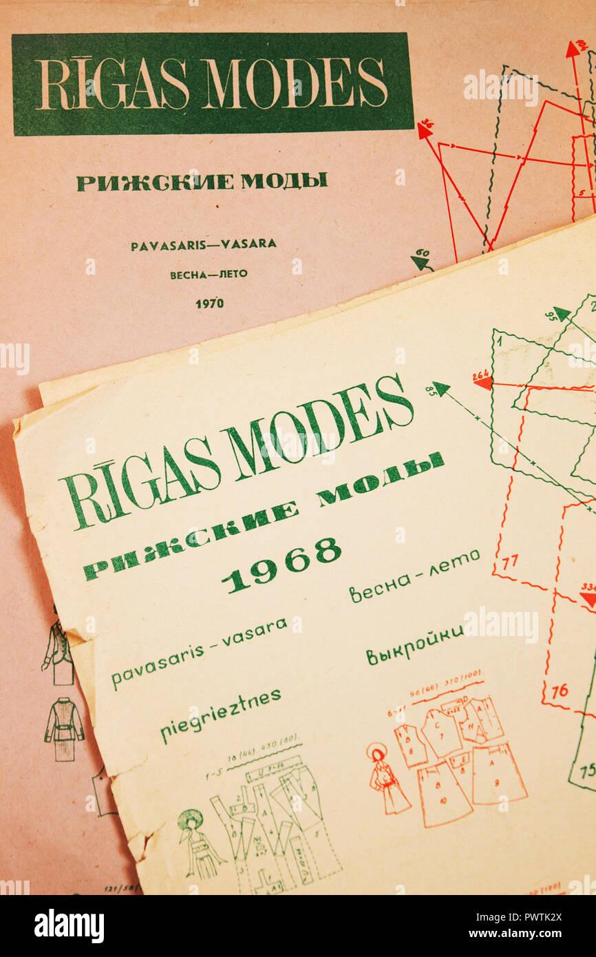 Magazine de mode, vêtements Modes Rigas, modèle 1968, 1970 Photo Stock