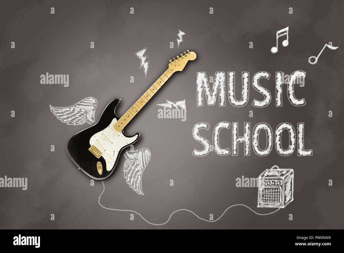 Image représentant une guitare électrique sur un tableau noir avec craie annonce écrite en rapport avec les leçons de musique Banque D'Images