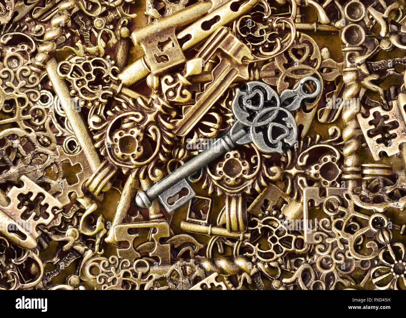 Verrouillage par clé de déverrouillage des serrures de trousseau bunch sens Photo Stock