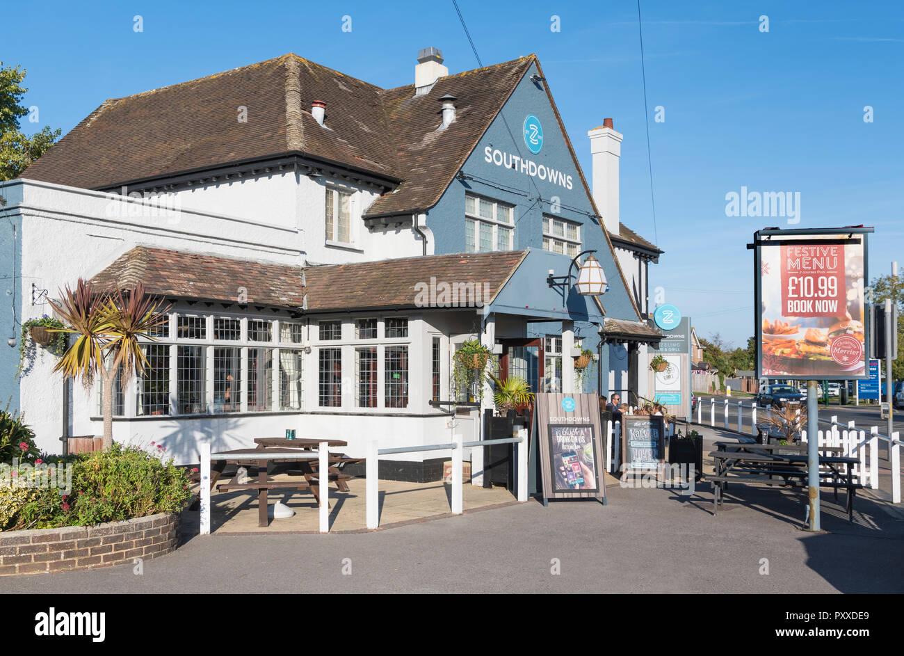 L'Southdowns pub & grill de l'animation de la chaîne de pubs à Bognor Regis, West Sussex, Angleterre, Royaume-Uni. Photo Stock