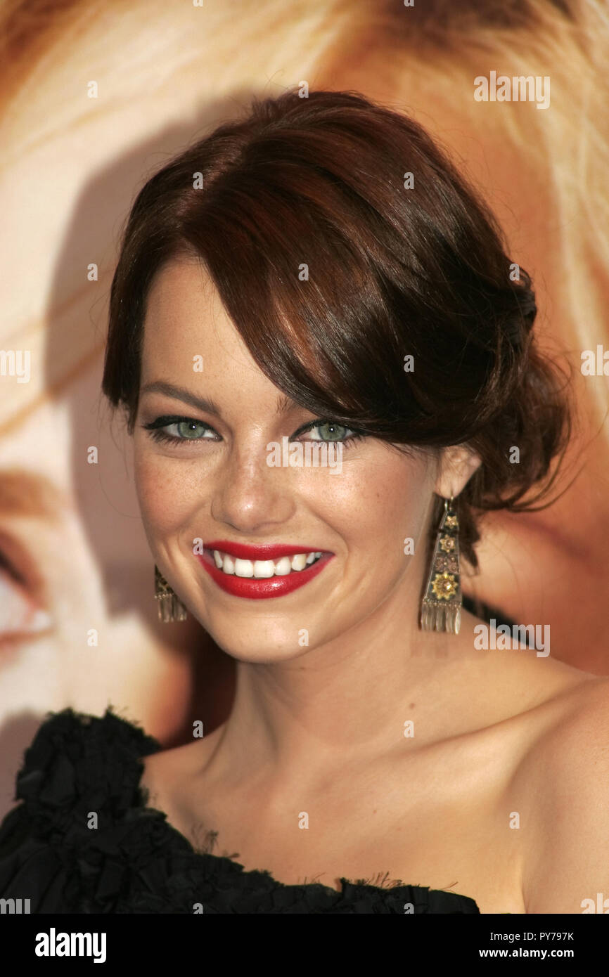 Emma Stone 08/20/08 La chambre 'Bunny' Premiere @ Mann Village Theatre, Westwood Photo de Kuroda Ima/HNW / PictureLux (20 août 2008) Photo Stock