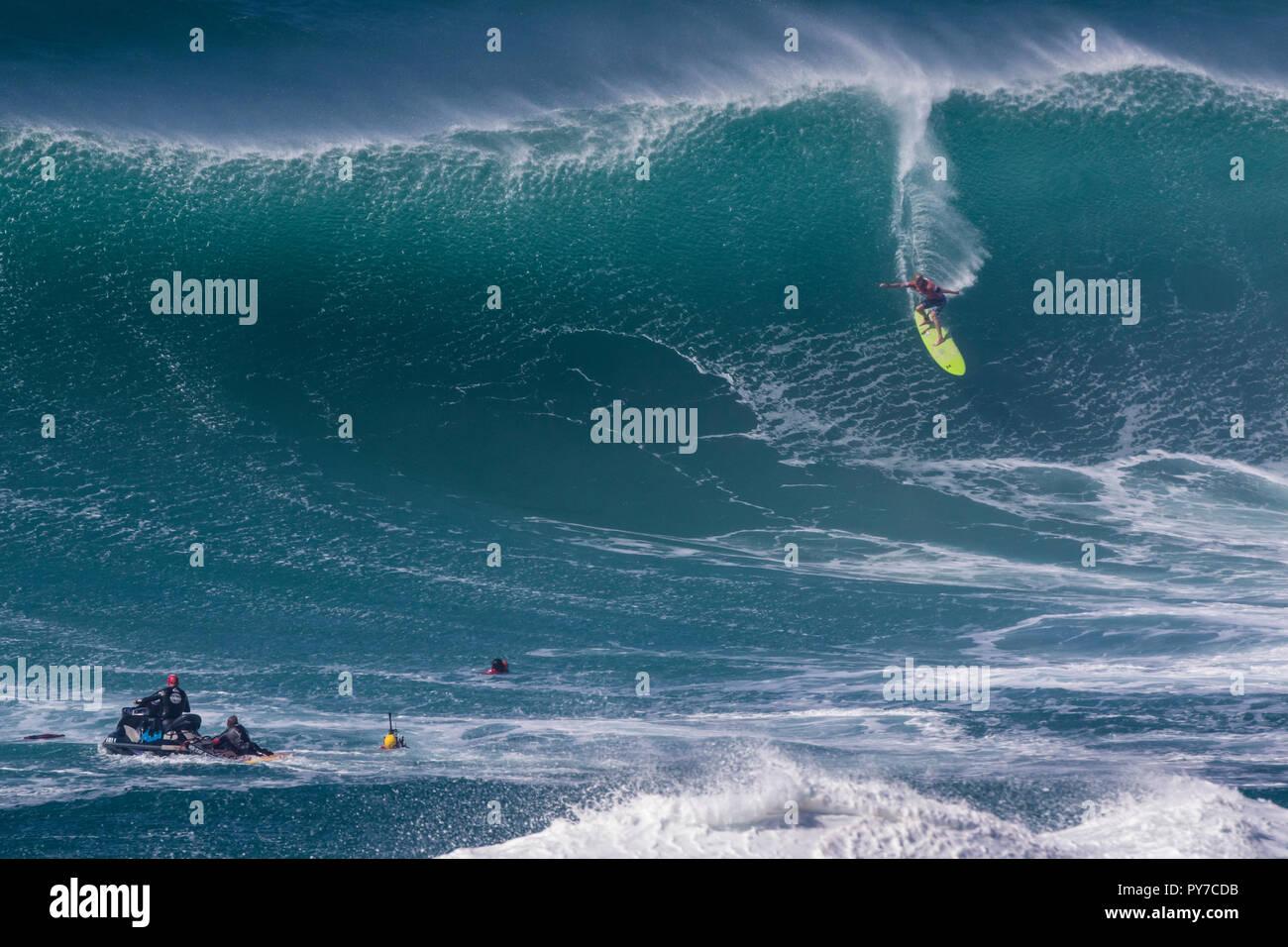John John Florence à l'Eddie Aikau 2016 Concours de surf. Photo Stock