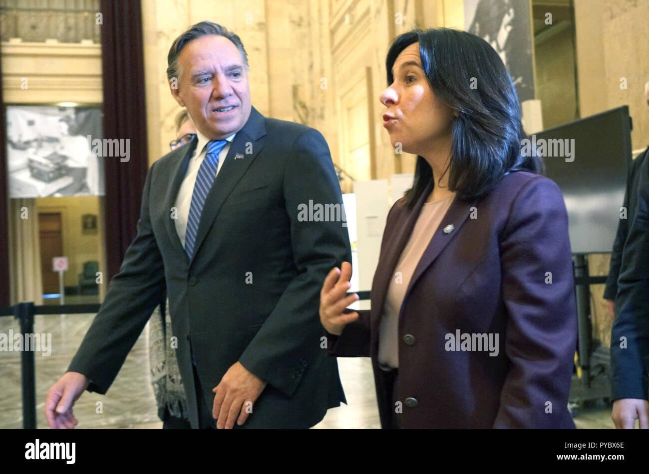 Montréal, Canada. 27 octobre 2018. Le Premier ministre élu François Legault avec le maire de Montréal, Valérie Plante lors d'une conférence de presse à l'hôtel de ville.Credit:Mario Beauregard/Alamy Live News Photo Stock