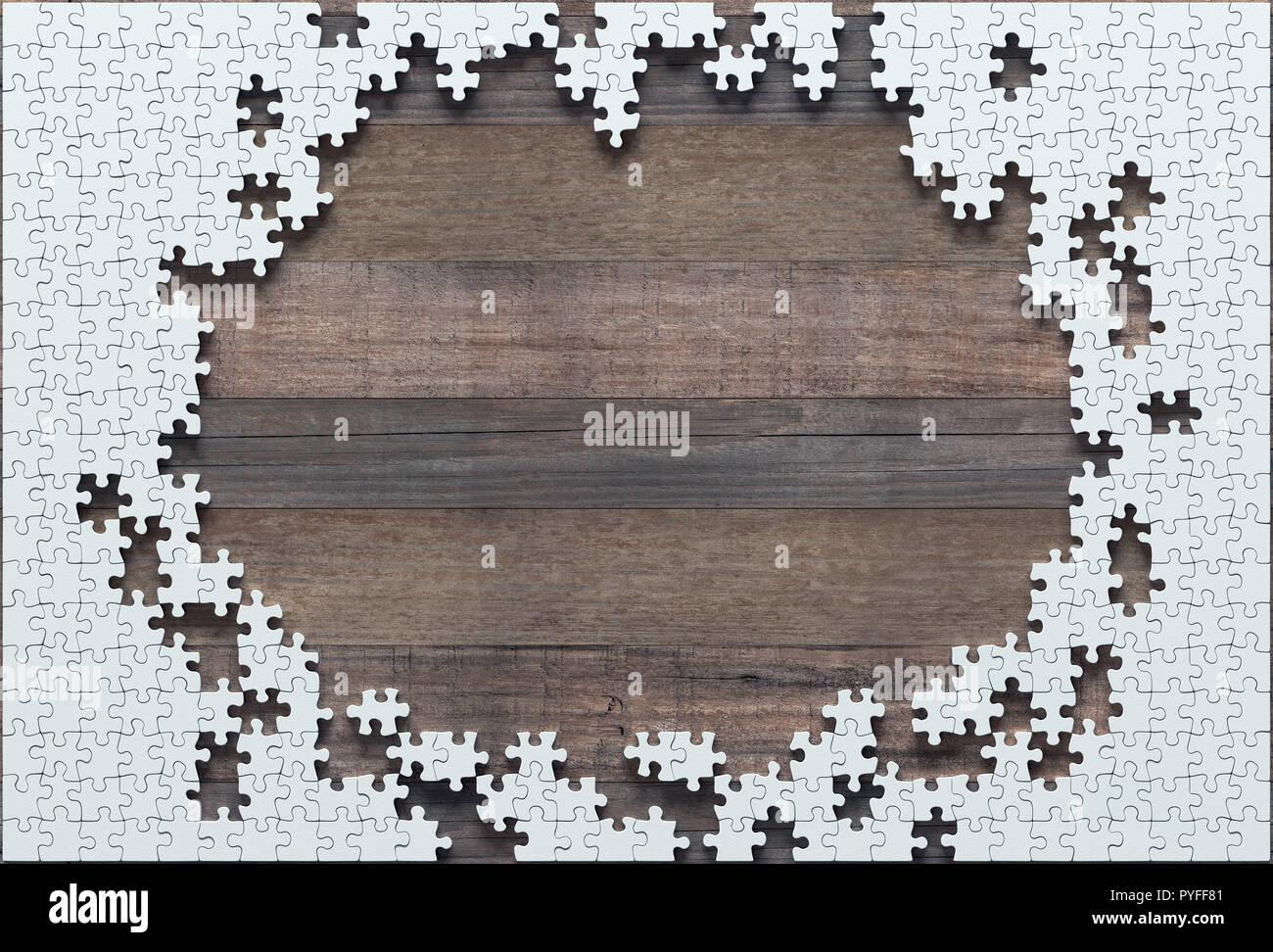 Puzzle vierge moitié manquante à la fin. Concept de travail non terminé. Banque D'Images