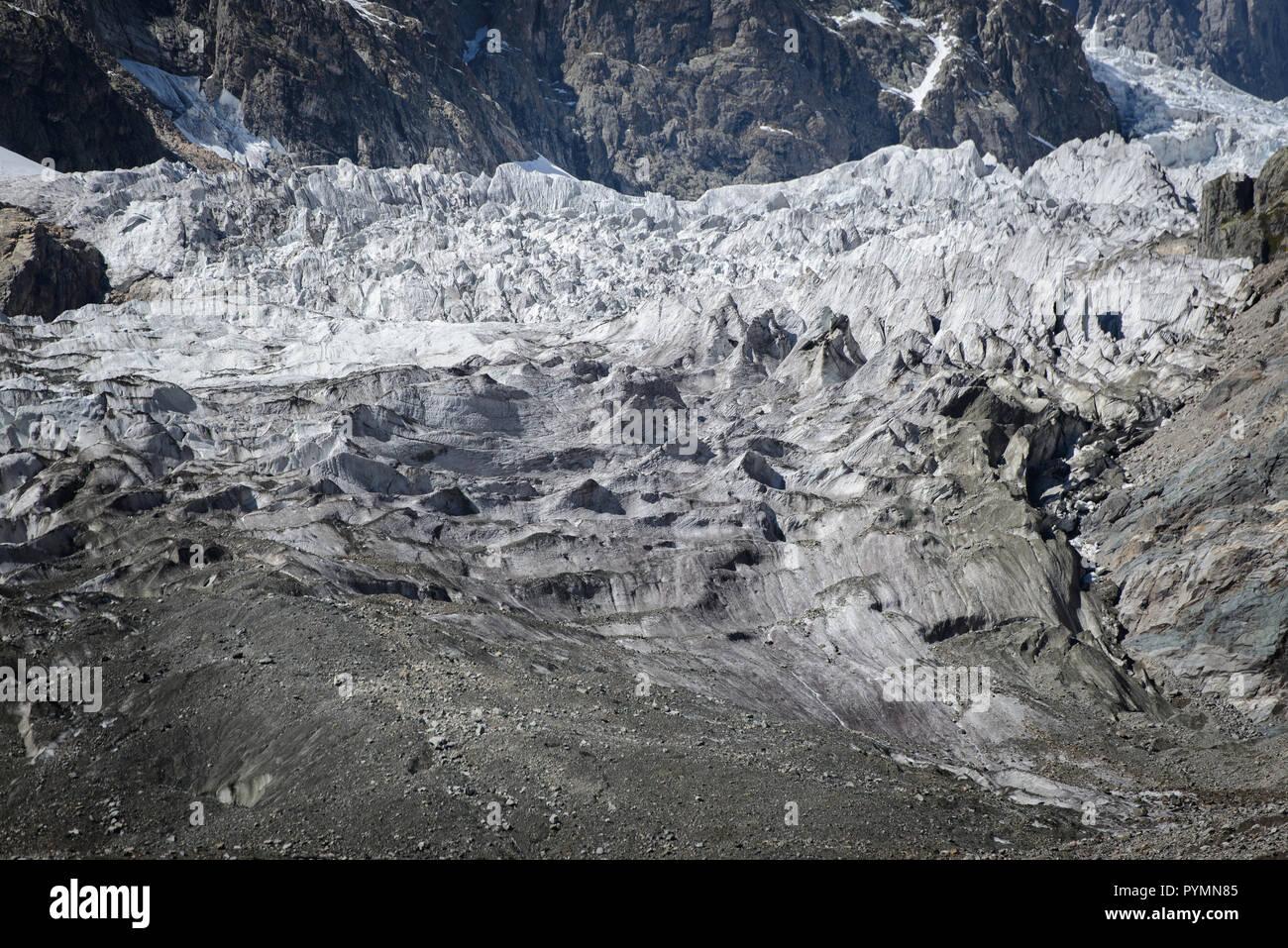 Paysage d'automne la montagne du Caucase de la région de Svaneti en Géorgie Banque D'Images