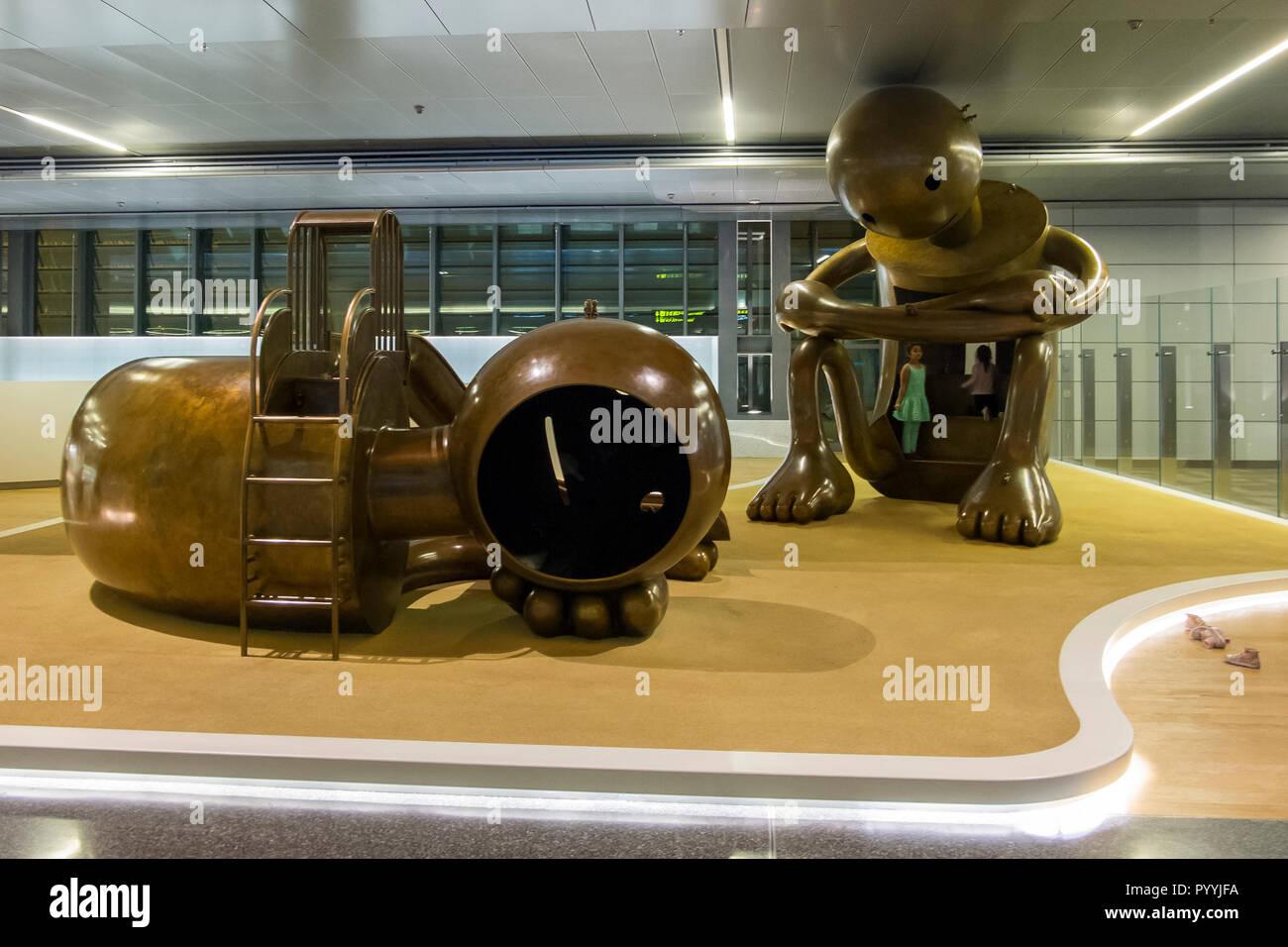 Jeux pour enfants à l'Aéroport International Hamad à Doha, Qatar Banque D'Images