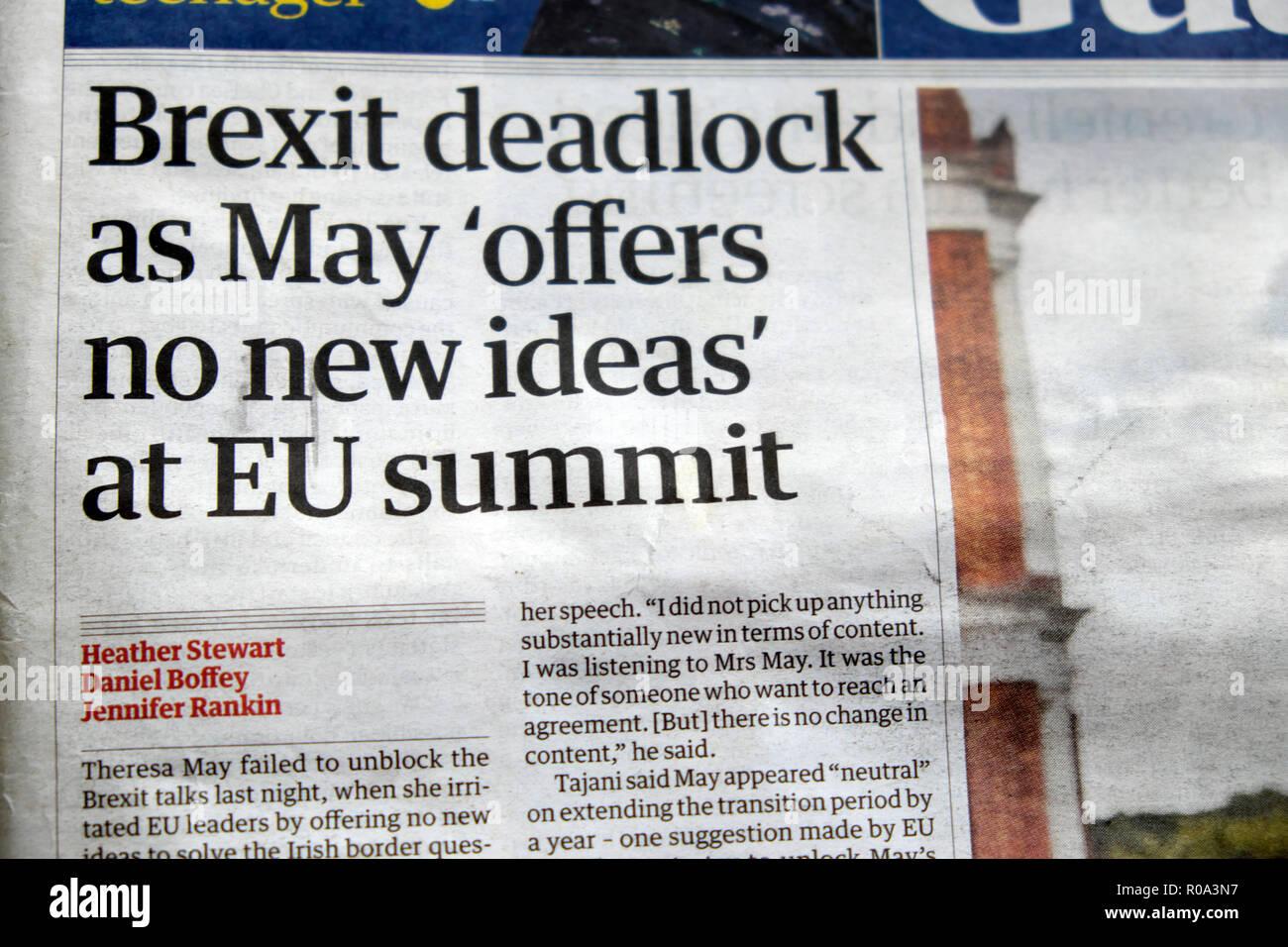 """'Brexit impasse que mai 'n'offre pas de nouvelles idées"""" au sommet de l'UE' Guardian newspaper headline le 18 octobre 2018 à Londres Angleterre Royaume-uni Banque D'Images"""
