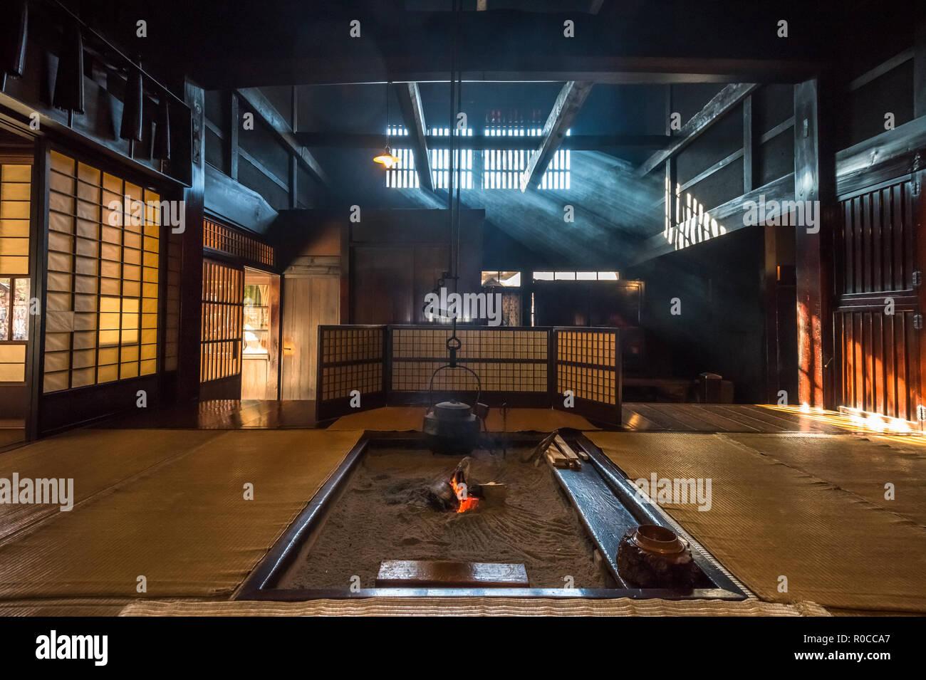 L'intérieur de la vieille maison traditionnelle japonaise dans la ville historique de Tsumago post. Banque D'Images