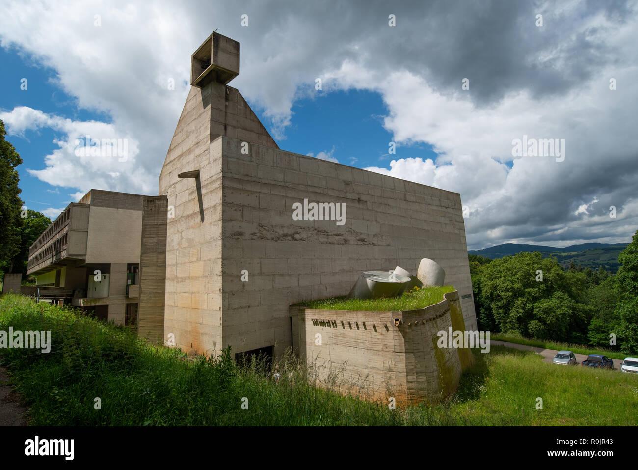 La Tourette, Eveaux ou Sainte Marie de La Tourette: un bâtiment conçu par le célèbre architecte français Le Corbusier situé près de Lyon. Banque D'Images
